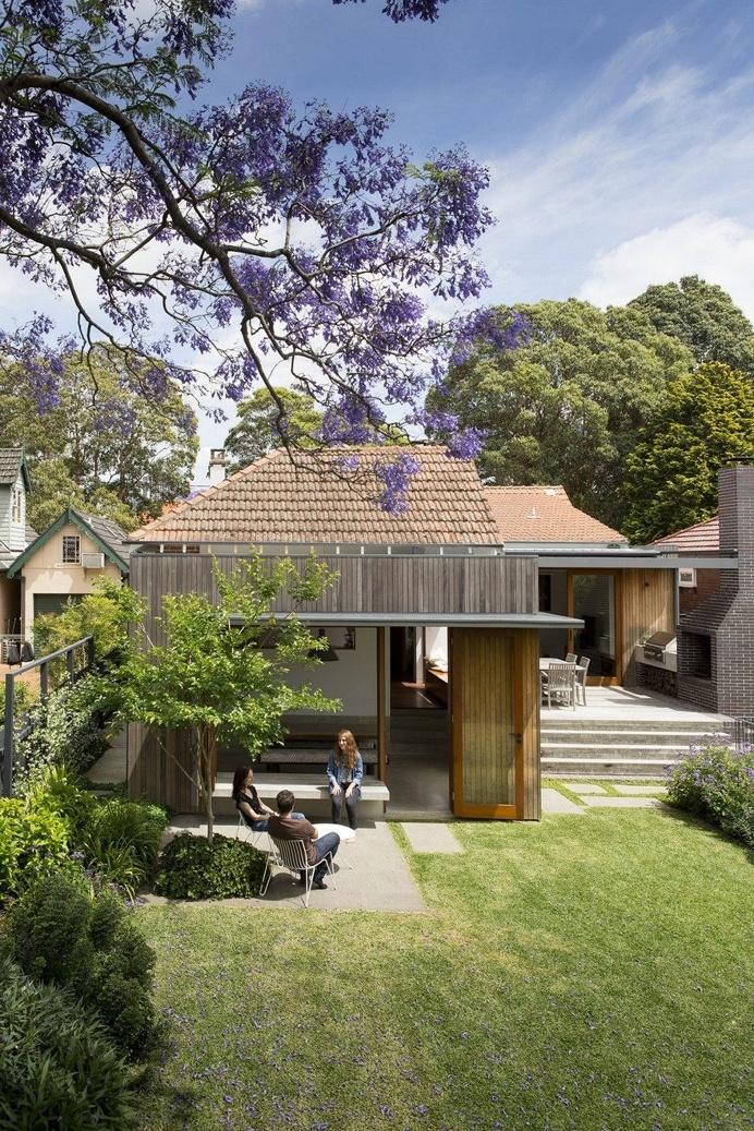 Denney House by Sam Crawford Architects