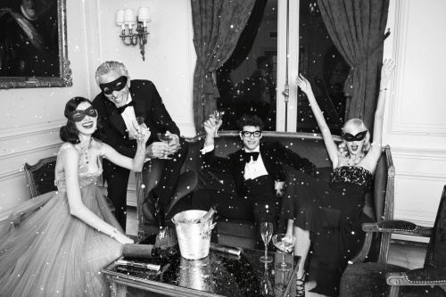 Habitually Chic®: Happy New Year! #people #direction #photography #holiday #art