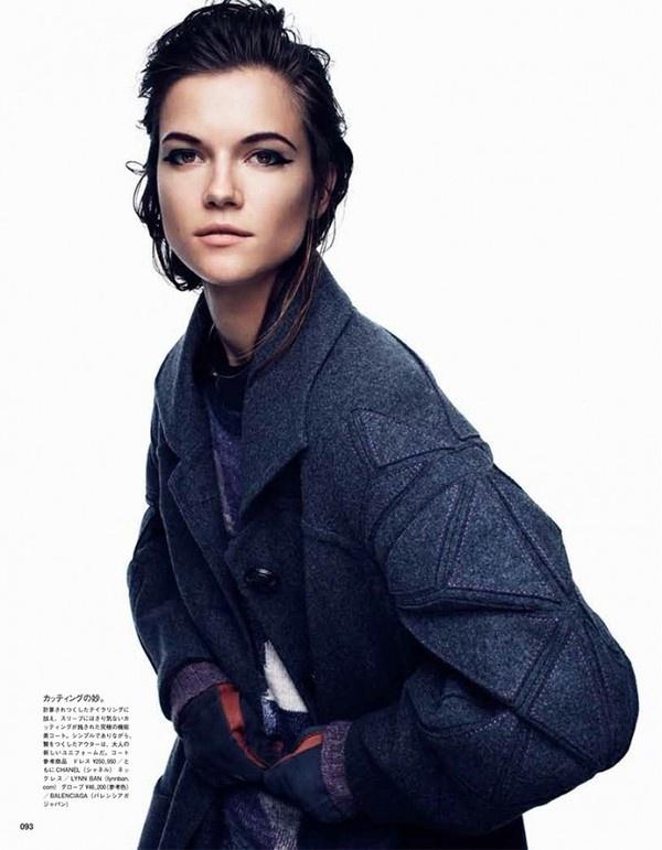 Vogue Japan December 2012 #vogue #2012 #photography #fashion #december #japan