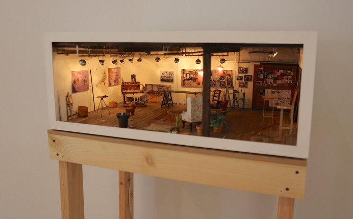 feel-big-live-small-exhibit-1.jpg #miniature #diorama #art