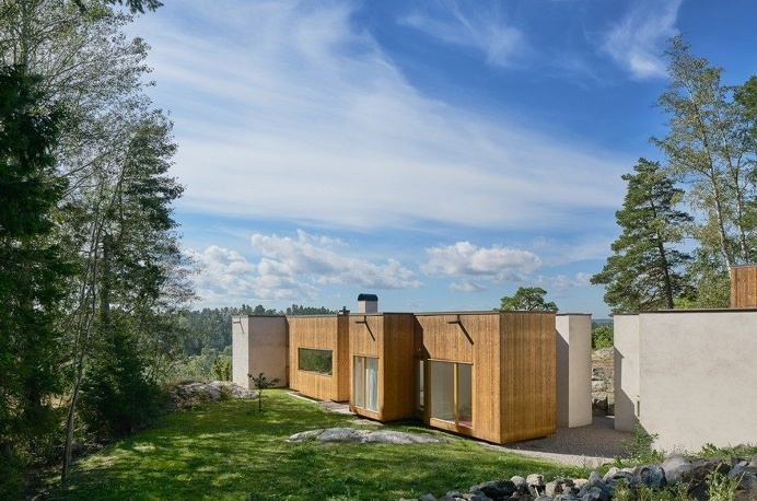 Concrete Spine House Overlooking the Stockholm Archipelago