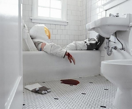Astronaut Suicides by Neil DaCosta and Sara Philipps I Art Sponge #dacosta #neil #astronaut #philipps #photography #sara #suicide