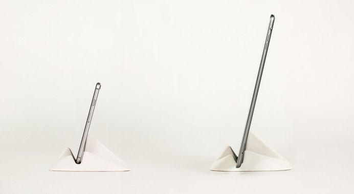 Montelouro - Adaptable stand for mobile devices | Indiegogo