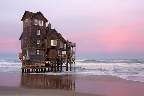tumblr_ls5xbyF1Ti1qzleu4o1_500.jpg (JPEG Image, 500×333 pixels) #wood #house