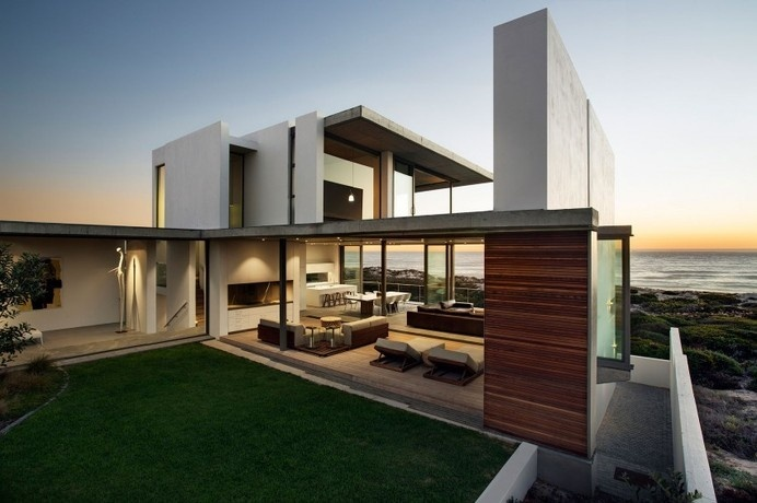 Modern Home With Large Entertainment Areas and Ocean Views: Pearl Bay Residence #ocean #modern #home #building #architecture #view #residence