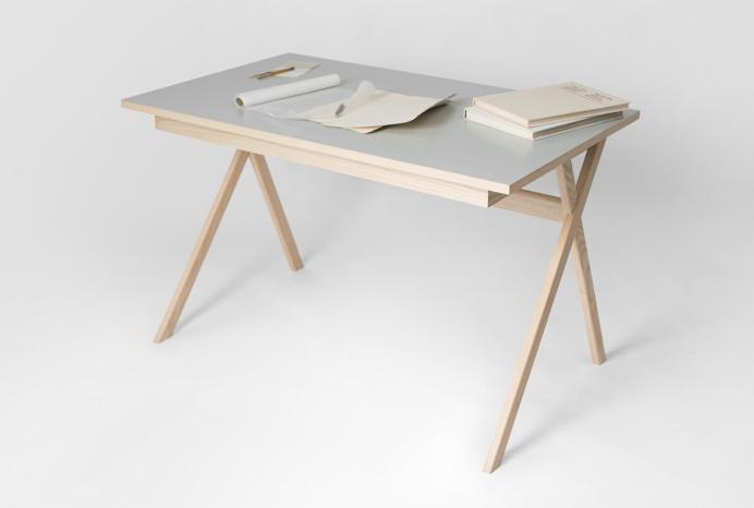 Atelier Desk by Studio Böttger