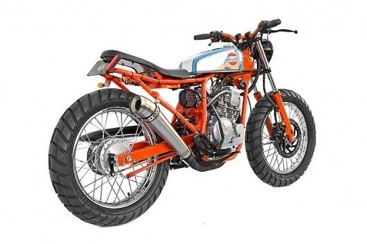 IMG_3683 | Flickr - Photo Sharing! #scorpio #motorbike #flug #255cc #machina #ex #deus #yamaha