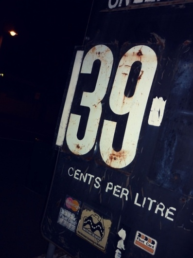 fresh.as   Pic from Melbs… Bita typography for ya #type #fuel
