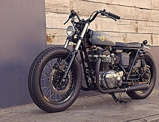 :: DEUS EX MACHINA - The Bloodnok W650 MkII :: #machina #ex #rebuild #deus #bloodnok #custom #graphics #australia #motorcycle