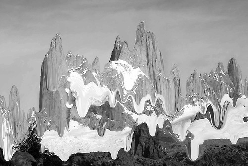 Melted Mountains, first black and white test. By me. #mountain #white #fitz #design #& #black #monte #roy #patagonia #photography #melting #tanimura #hana