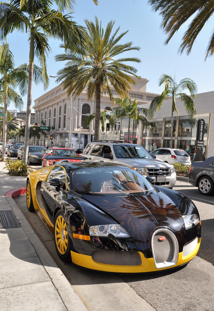 Bugatti Veyron – Rodeo Drive/ Beverly Hills, CA