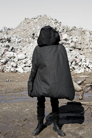 Inform #saenai #minimal #art #fashion #blackness