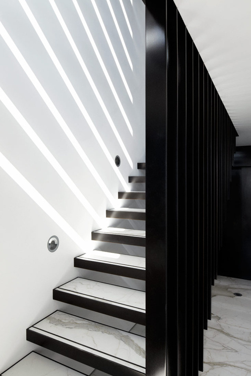 Tumblr #stairs #light #white #black