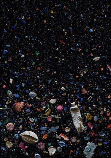Photographs Of Ocean Debris From All Over The World - DesignTAXI.com #ocean #refuse #rubbish #debris #plastic #pollution