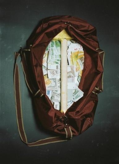 29168_392356375685_548845685_4727865_6137064_n.jpg (JPEG-afbeelding, 524x720 pixels) #guilders #brown #photography #gulden #bag #duffle #money