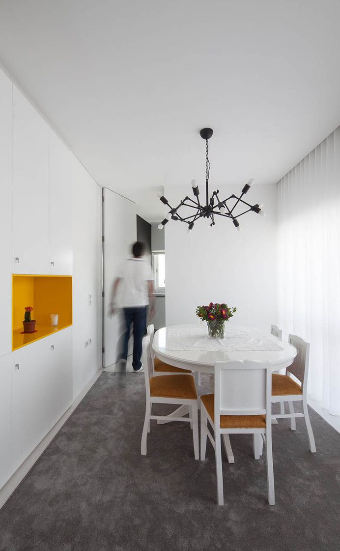 Inspiring Apartment Rehabilitation in Portugal by Spaceworkers 8
