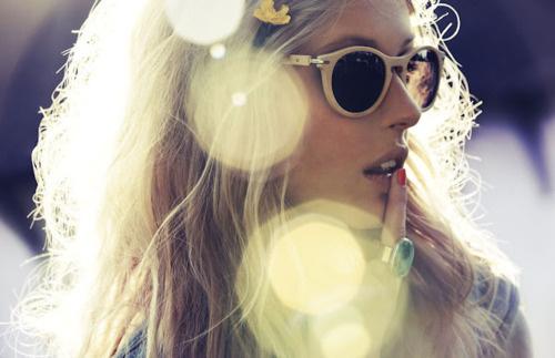 Sara Lindholm #fashion #model #glasses #girl