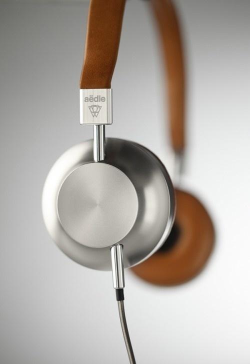 Aëdle Headphones #design #industrial #product #engineering #craftsmanship