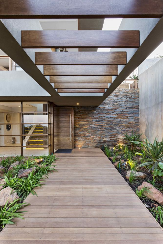 6 Leadwood Loop / Metropole Architects