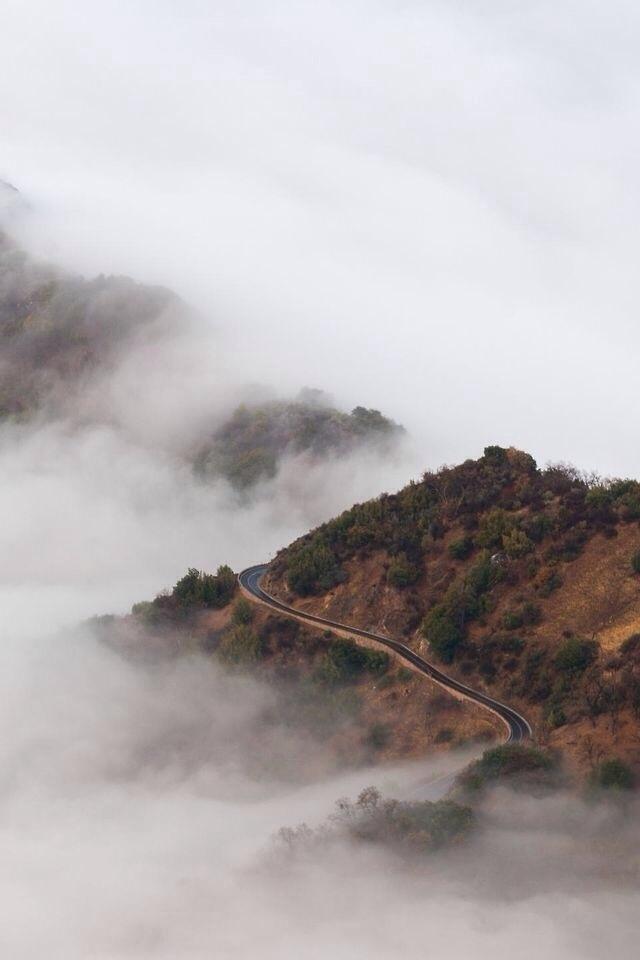 T H E D I G G E S T . C O M #mountains #fog #landscape
