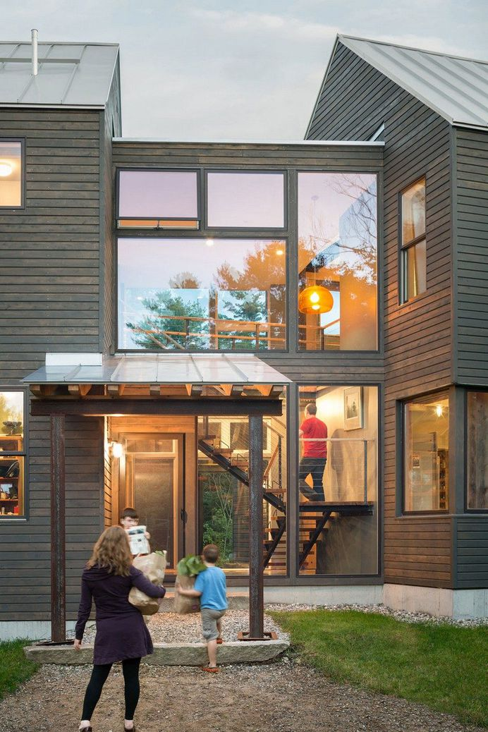 Family Farmhouse Built With Salvaged Materials from an Antique Barn 2