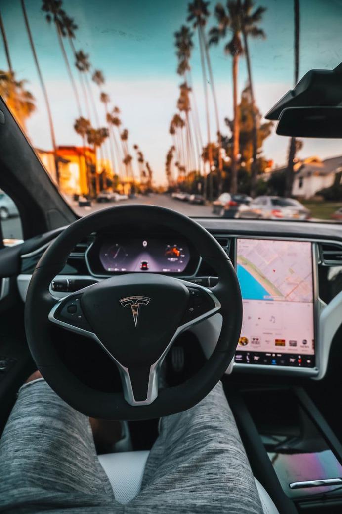 Tesla P100D Cockpit photo by Roberto Nickson