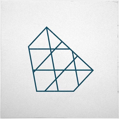 #267 Iceberg – A new minimal geometric composition each day