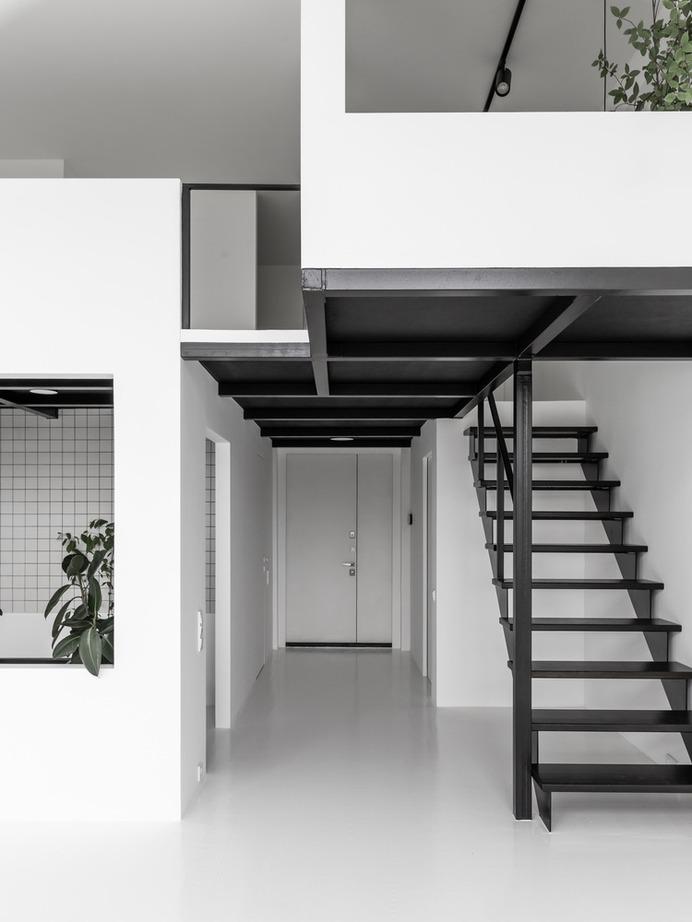 Artist's Studio / Ruetemple