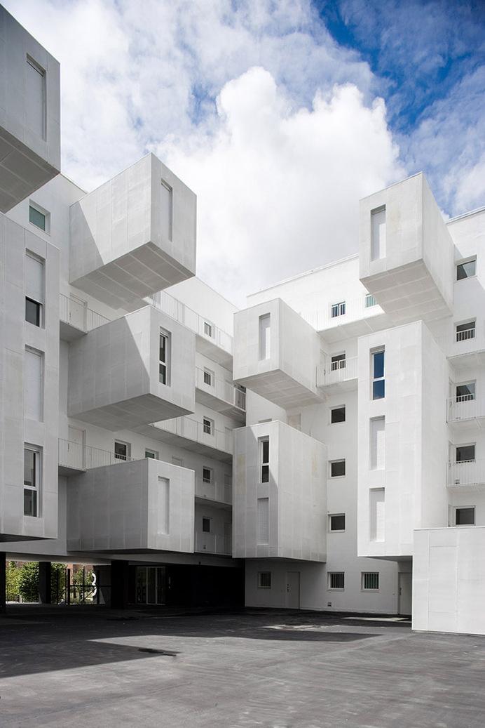 Carabanchel Housing / Dosmasuno architects #inspiration #architecture #white
