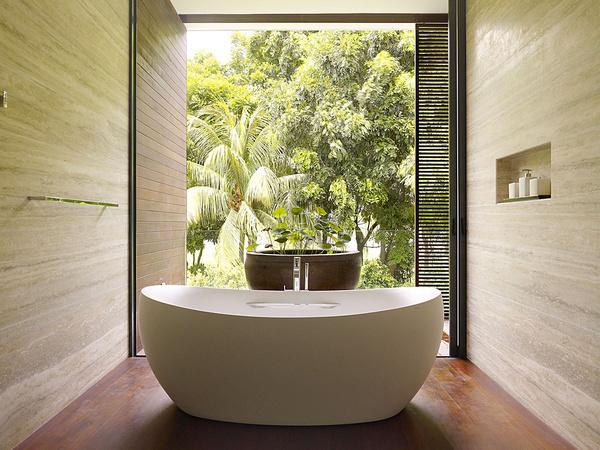 Beautiful bathroom atmosphere - bathroom tub #interior #design #bathroom #bathtub #decoration