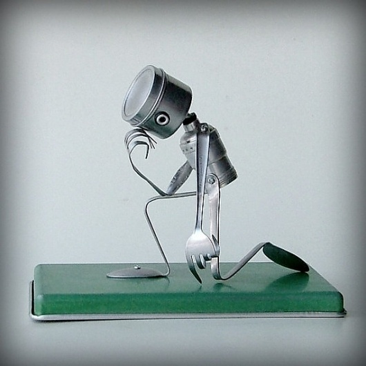 Tebowing robot recycled art sculpture kitchen robot by leuckit #thinker #idea #thinking #robot