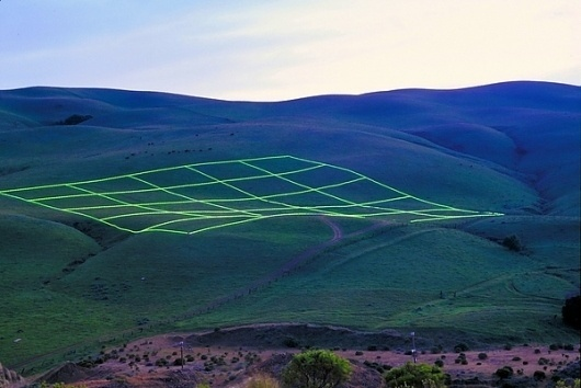 Colossal #installation #san #grid #photography #art #francisco #lighting