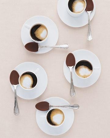 r27 Julr #coffee #grid #cups #saucers
