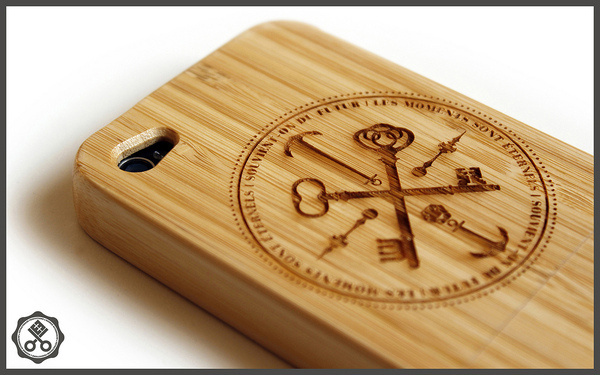 Moments Sont Éternels (Bamboo Wood) #bamboo #design #iphone #case #kronex