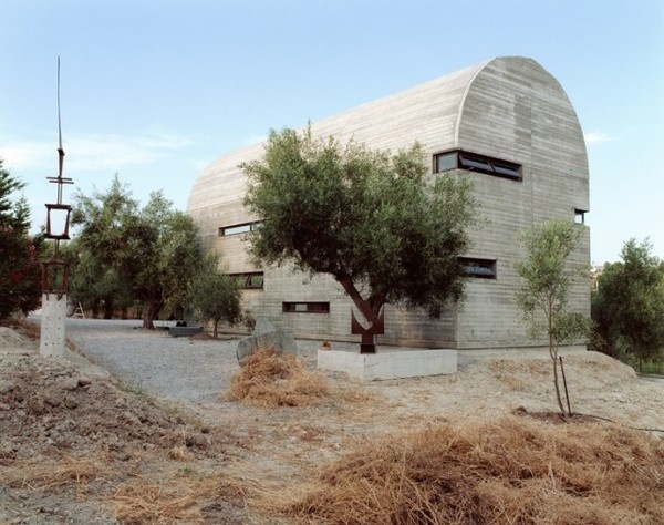 Art Warehouse in Greece – Fubiz™ #concrete #building #architecture #greece