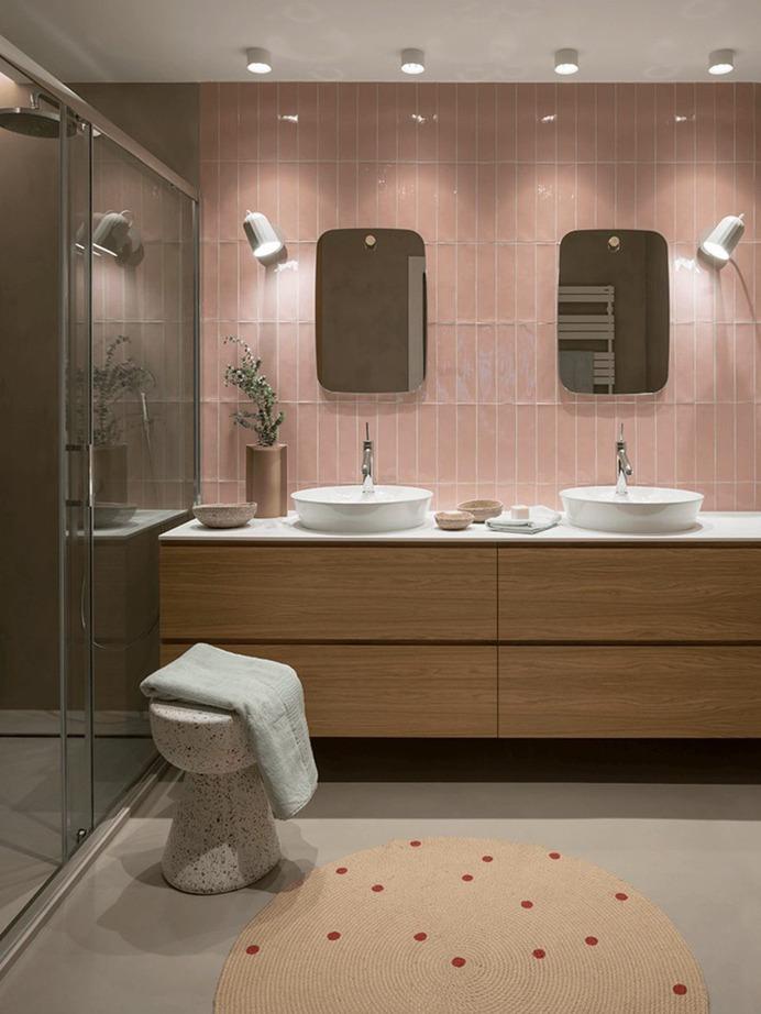 The Room Studio, bathroom