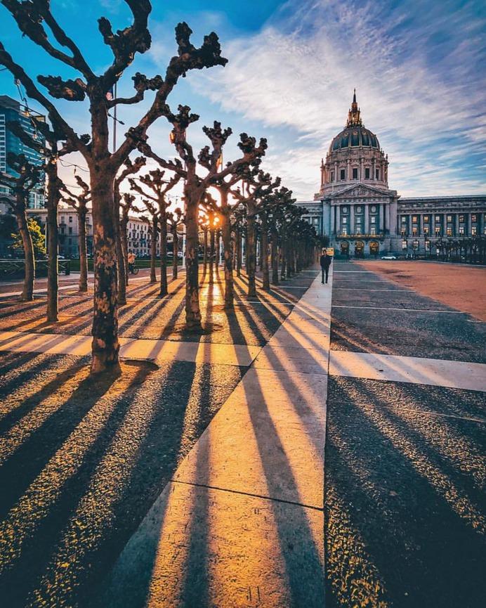 Incredible iPhone Street Photography in California by Kesl Aleksandr