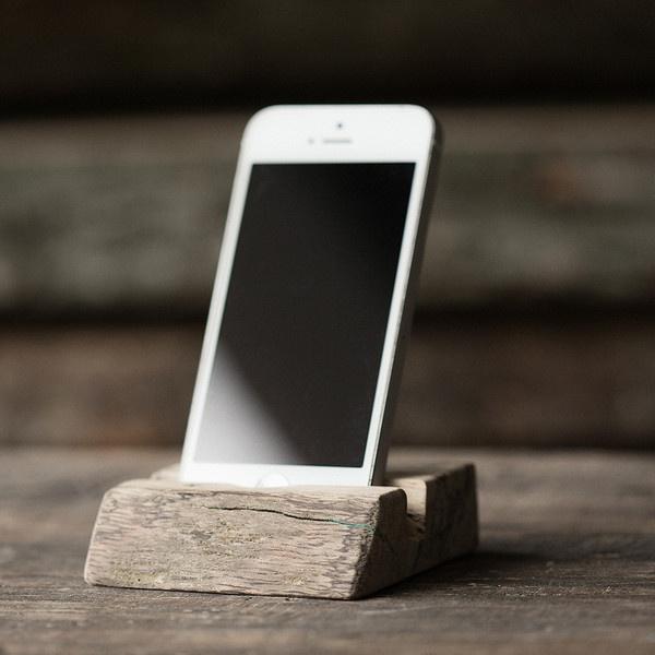 African Spalted Bubinga Mobile Dock #walnut #phone #stand #office #wood #iphone #desk #mobile #bubinga #dock