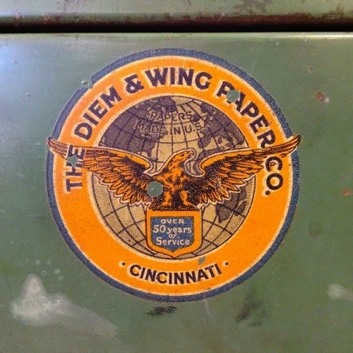 Diem And Wing Paper Co. #badge #eagle #vintage #logo #typography