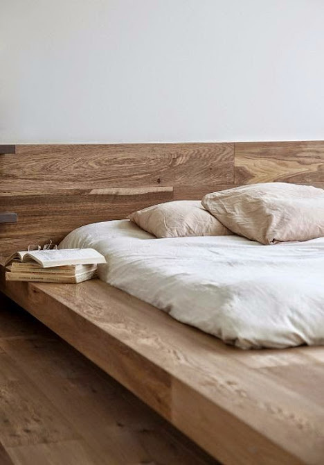 dream spot. i want this. #interior #sleep #dream #wood #furniture #bed