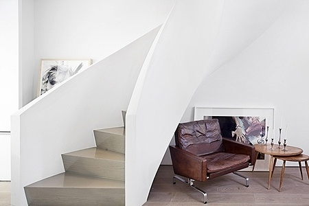 convoy #stairs #chair