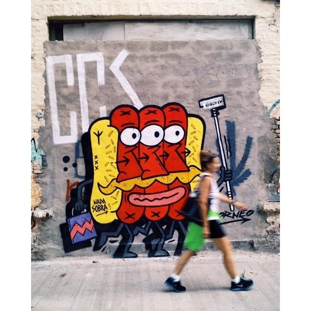 tripe perro #pancho #streetart #perrocaliente #hotdog #street #art #buenosaires