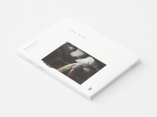 MINIMAL ME #inspiration #editorial #minimal #typography