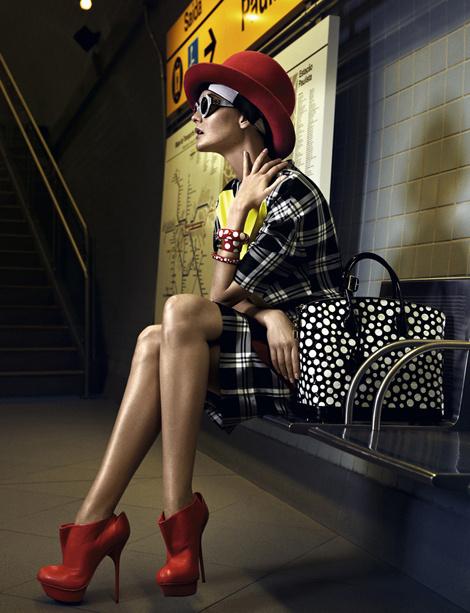 Caroline Trentini by Fabio Bartelt for Vogue Brazil #fashion #model #photography #girl