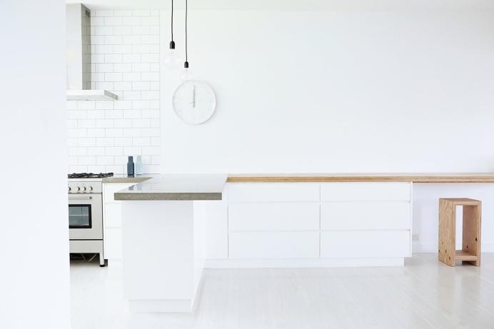 White kitchen. Binburra Beach House by Amee Allsop. #interiordesign #ameeallsop #kitchen