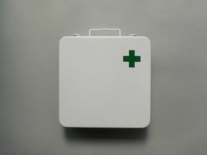 houseware:救急箱. #aid #white #green