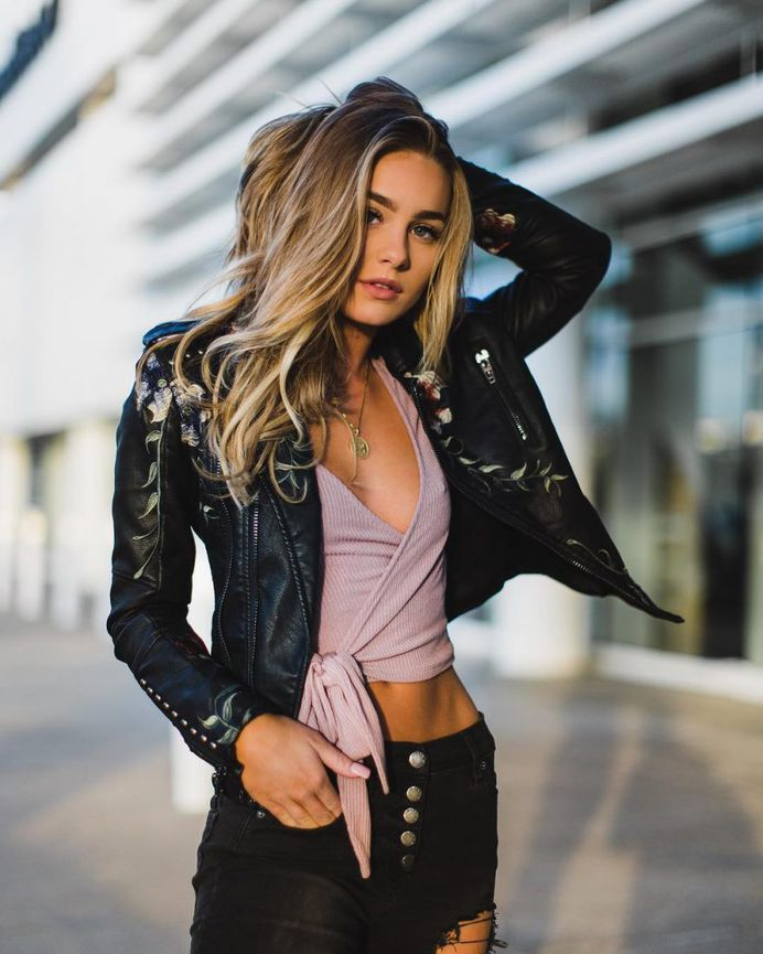 Gorgeous Lifestyle Portrait Photography by Duy Tran