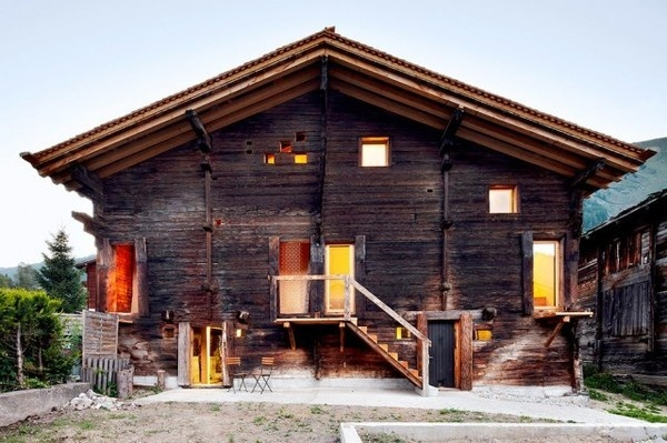 Wooden and Warm House – Fubiz™ #wood #architecture #house