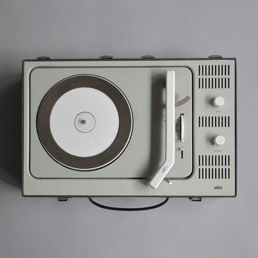 Braun electrical - Audio - PCV 4 portable record player #design #player #record #1960s #industrial #braun #vintage #rams #dieter