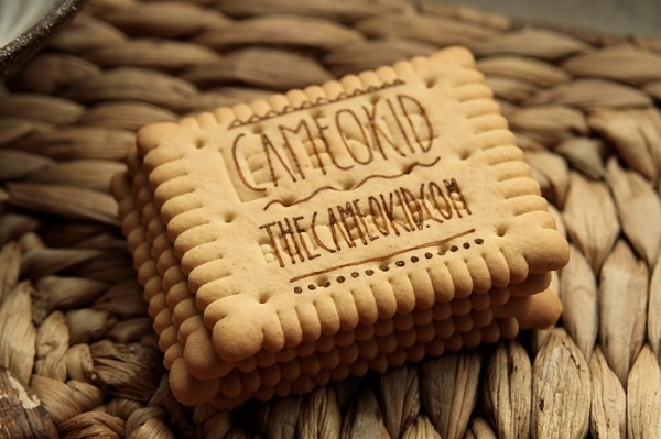 Visitenkekse : the cameo kid #branding #business #card #design #graphic #cookie #cameokid #logo #promotion #organic #typography